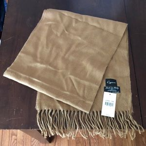 NWT Tan Neutral Italian-Made Scarf
